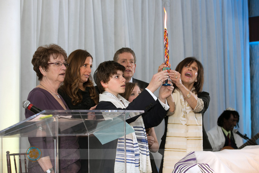 jewish bar mitzvah photographer.jpg