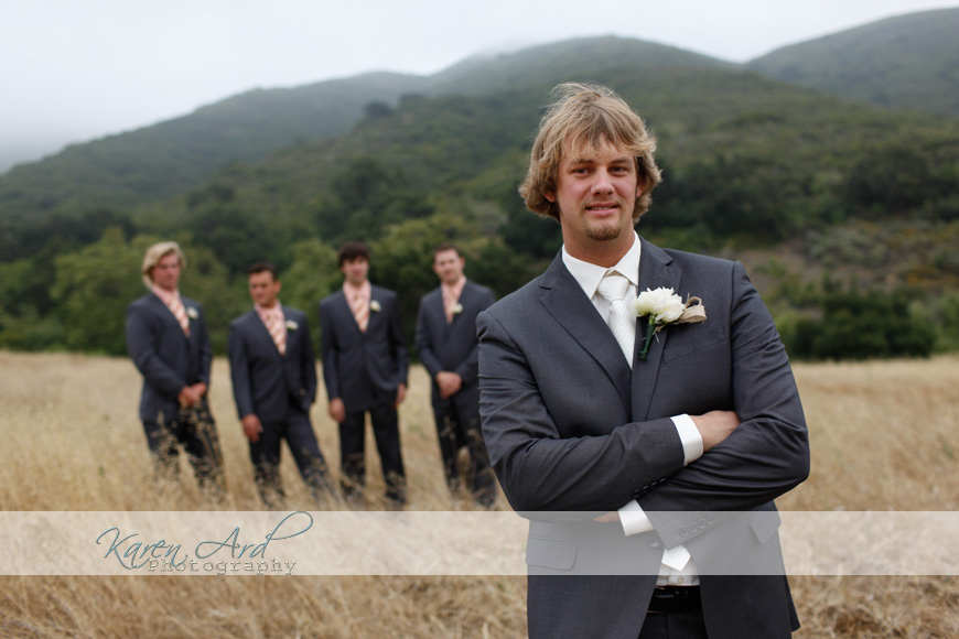 groomsmen in field.jpg