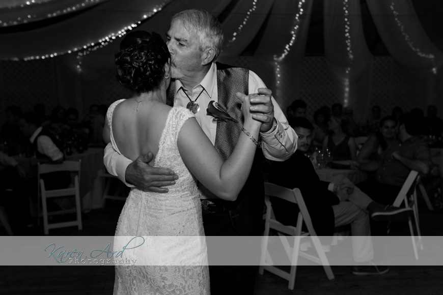 beautiful black and white wedding photography.jpg