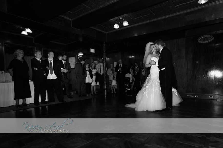 black and white wedding photos.jpg