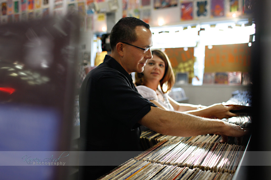 amoeba-records-engagement-photography.jpg