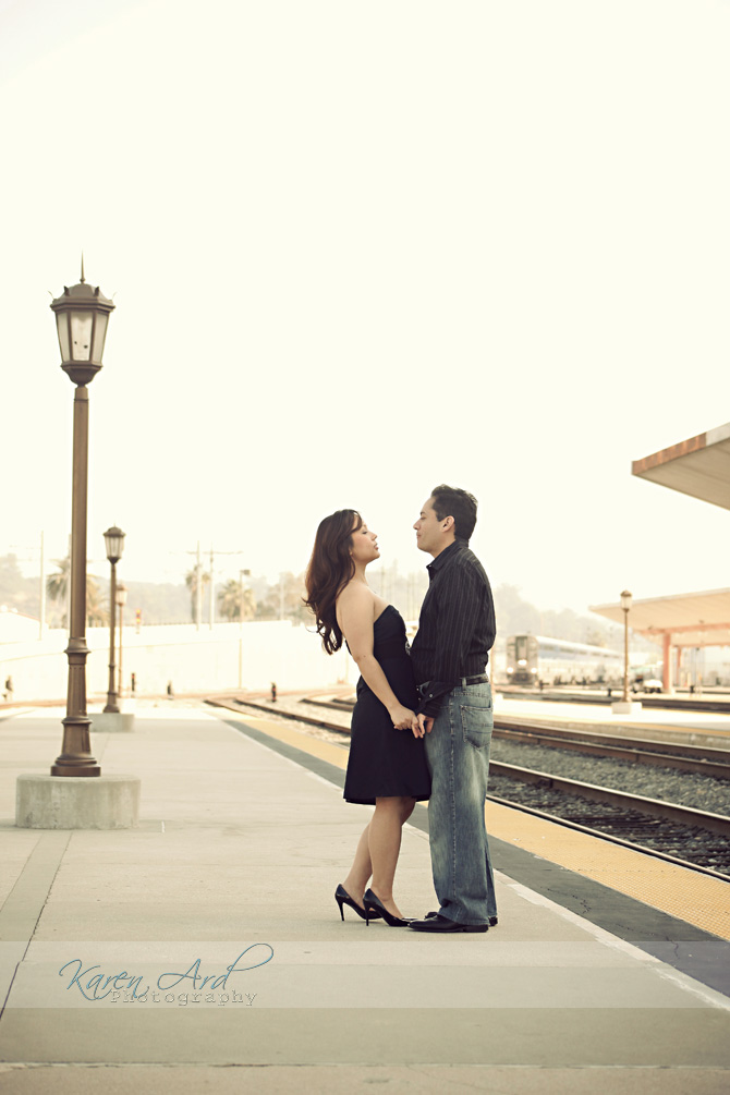 train-station-engagement-photography.jpg